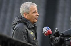 Borussia Dortmund sack manager Favre after Stuttgart defeat
