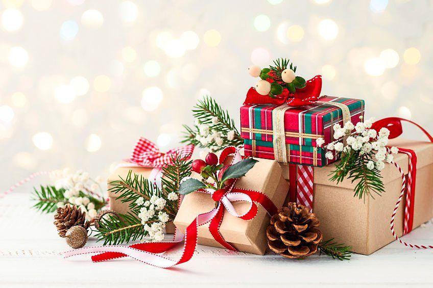 Browse BeliLokal for Christmas gift ideas.