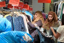 Insight - Retail sector mildly positive on 2021