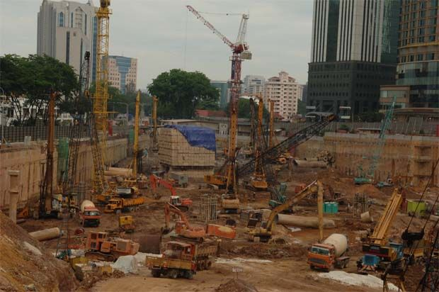Econpile accepts contract for piling and substructure works for an integrated entertainment complex in Phnom Penh. (File pic shows a project in KL.)
