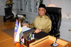 Perak state assembly unanimously supports Saarani as Perak MB