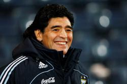 Soccer-Court rules Maradona's body 'must be conserved'