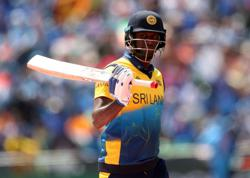 Cricket-Sri Lanka's Mathews out of South Africa test series