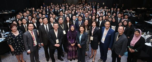 ICAEW chartered accountants from various multinational firms as judges and speakers at the ICAEW Malaysia Business Challenge. ICAEW chartered accountants can work in any industry and in many places around the world.