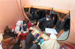 PM visits flood victims in east coast relief centres
