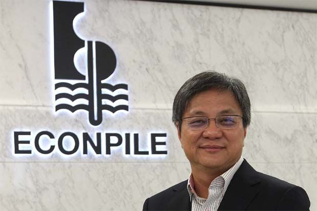 Executive director/group chief executive officer Raymond Pang (pic) said Econpile has the shareholders' mandate to issue up to 10% of new shares of the group's total share base but only issued 6% just to raise a requisite amount to fund its working capital and for partial repayment of banker's acceptance.