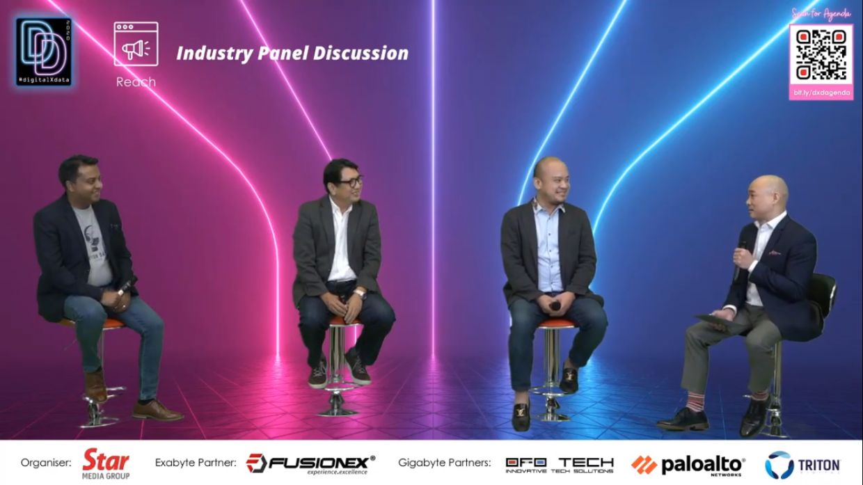 Reach Industry Panel (from left): Triton Digital director of market development for South Asia & South East Asia Aditya Summanwar, MDEC director of e-commerce Song Hock Koon, <a href='/business/marketwatch/stocks/?qcounter=GENM' target='_blank'>Genting Malaysia Bhd</a><a href='http://charts.thestar.com.my/?s=GENM' target='_blank'><img class='go-chart' src='https://cdn.thestar.com.my/Themes/img/chart.png' /></a> marketing vice-president Nicco Tan and Kantar Malaysia media & communications domain lead, Insights Division Mako Chaves.