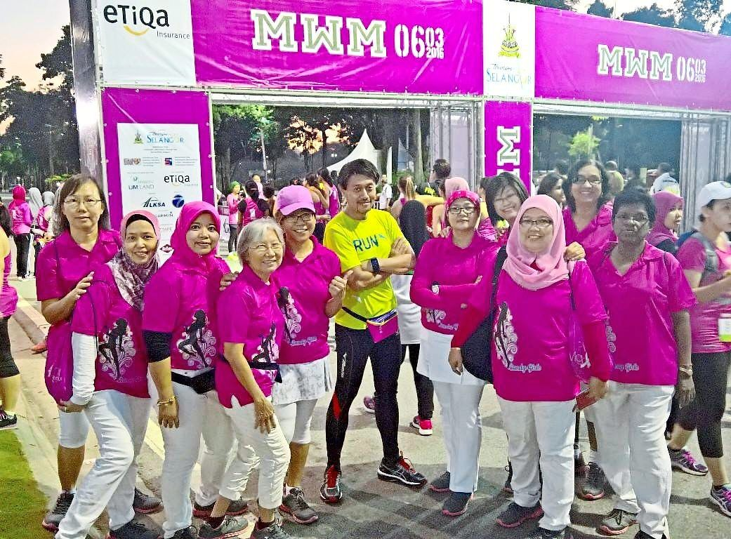 Assoc Prof Dr Nahar with some members of the Candy Girls after a run. Photo: Assoc Prof Dr Mohd Nahar Azmi Mohamed