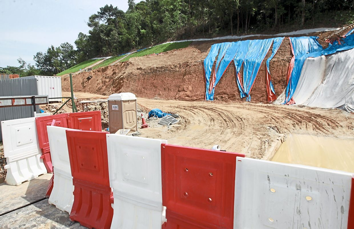 A high-rise commercial project in an environmentally-sensitive area along Jalan Wangsa 1 was approved by MPAJ.