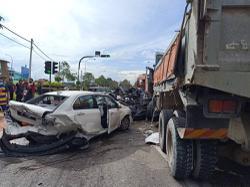Three dead, eight injured in eight-vehicle pile-up near Machap toll plaza