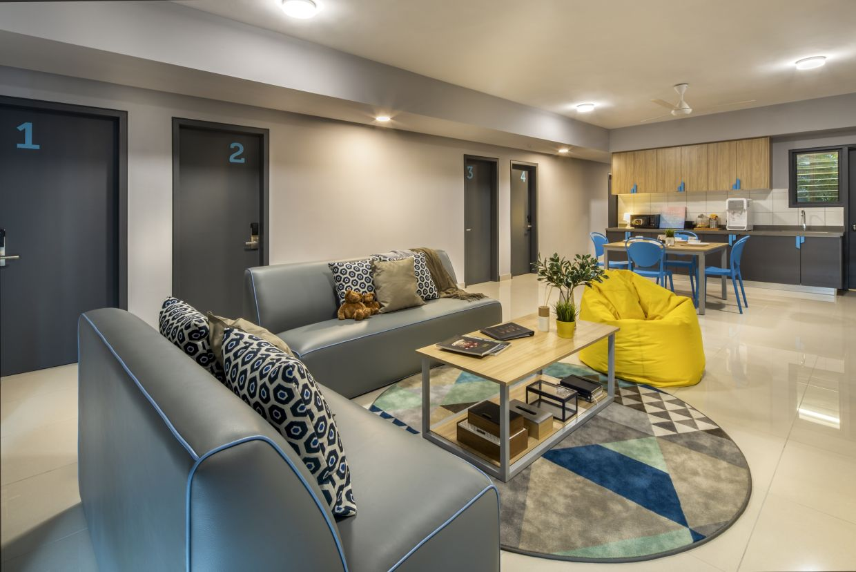 The shared living area of the Semi-Private Standard room.