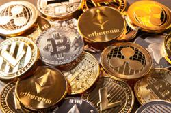 Sweden explores moving to a digital currency