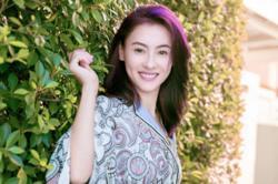 Hong Kong star Cecilia Cheung slammed for singing off-key at Guangzhou show