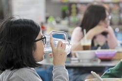 Penang steps up straw ban enforcement