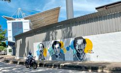 Murals pay tribute to local football legends