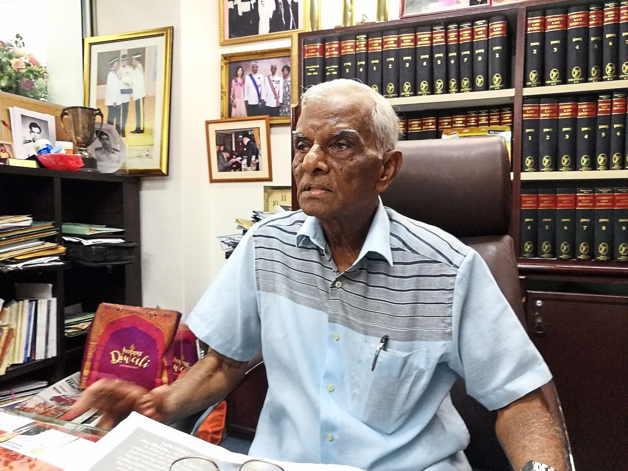 Datuk A. Sabapathy: MBJB needs to remove abandoned cars from Johor Baru streets quickly because they mar the state capital's image.