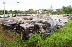 Johor Baru folk blame irresponsible car owners for littering city with junk