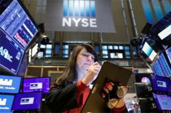 US stocks hit record highs, yields climb