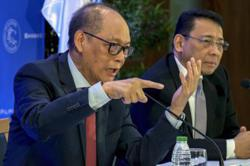 Philippine central bank sees solid rebound for economy in 2021