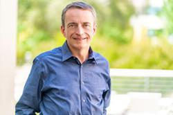 Intel taps VMware's Pat Gelsinger as CEO, to replace Bob Swan