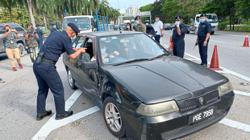 Long queues to cross Penang Bridge