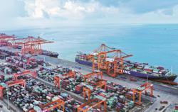 China to see robust export growth in 2021: UK think tank
