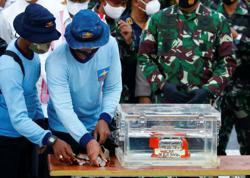 Indonesia downloads data from flight recorder of downed Sriwijaya Air jet