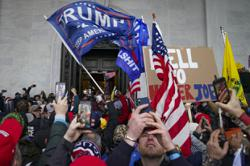 Trump backers seek online refuges after big tech backlash