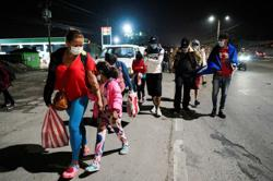 Hundreds of Central Americans gather for caravan aiming to reach United States