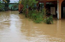 Food rations being rushed to thousands of villagers cut off by floods in Pitas