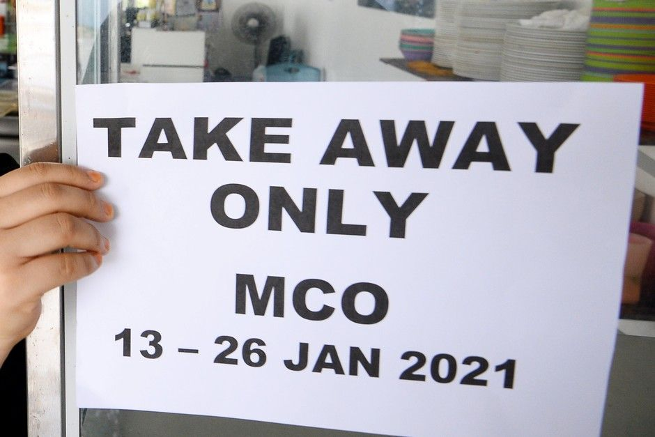 MCO: Diners chip in to pay fines for two Kota Kinabalu restaurants which allowed eat-ins