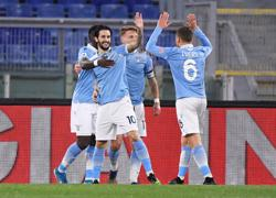 Luis Alberto double inspires Lazio to Rome derby win