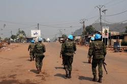 In visit to Central African Republic, French general says situation not same as 2013