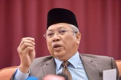 Annuar: MCA is only option for Umno