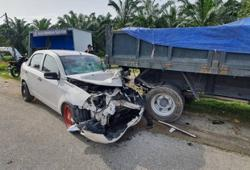 Senior citizen dies, two others injured after car crashes into lorry