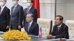Cambodia accepts Chinese vaccine, PM first to get jab