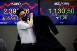 Emerging markets: Samsung Elec knocks down S. Korean stocks; banks drag Malaysia