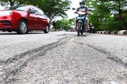Bad roads a bane for Klang motorists