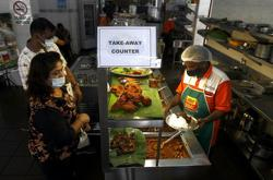 Govt to decide on extending operating hours of food outlets