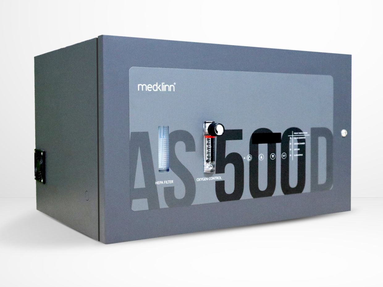 The Medklinn AS500D commercial air and surface steriliser with Cerafusion technology creates active oxygen and is environment-friendly.