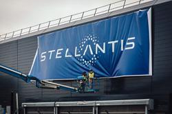 Stellantis CEO seeks to balance profits and jobs