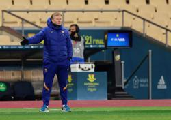 Koeman unhappy with astroturf pitch for Spanish Cup tie
