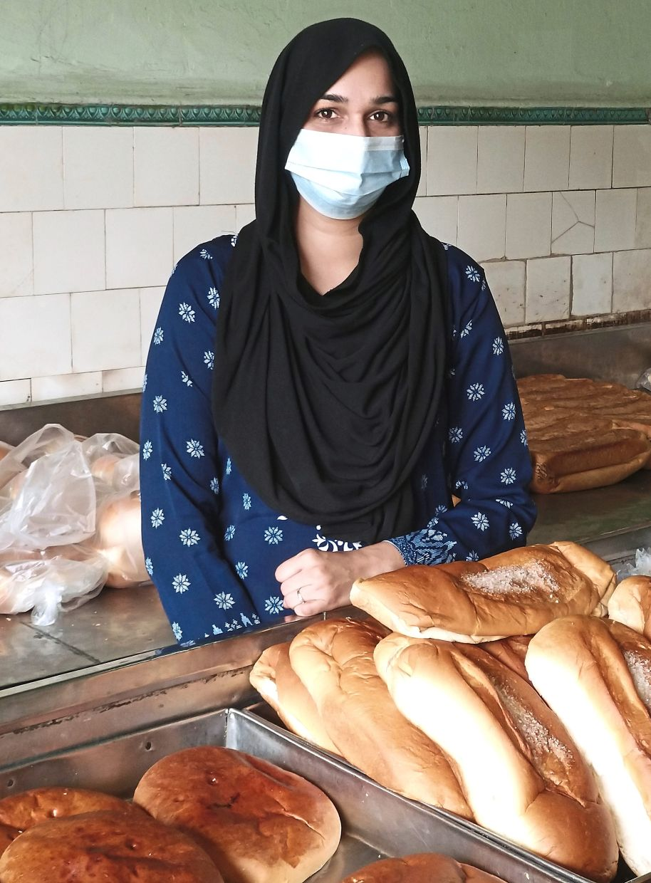 Nisa says unlike restaurants, the bakery does not have delivery services as it  is not cost  competitive.