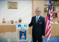 Deputy Foreign Minister donates 150k face masks to Bandar Tun Razak residents