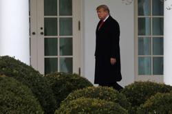 In Senate deal, Trump impeachment trial put off until early February