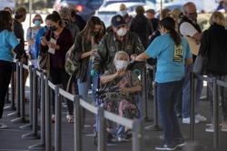 'I want to feel safe again': Americans lament slow pace of U.S. COVID-19 vaccine rollout