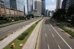 Pandemic helps reduce Jakarta's traffic woes; Indonesia's Covid-19 total surges past 977,000
