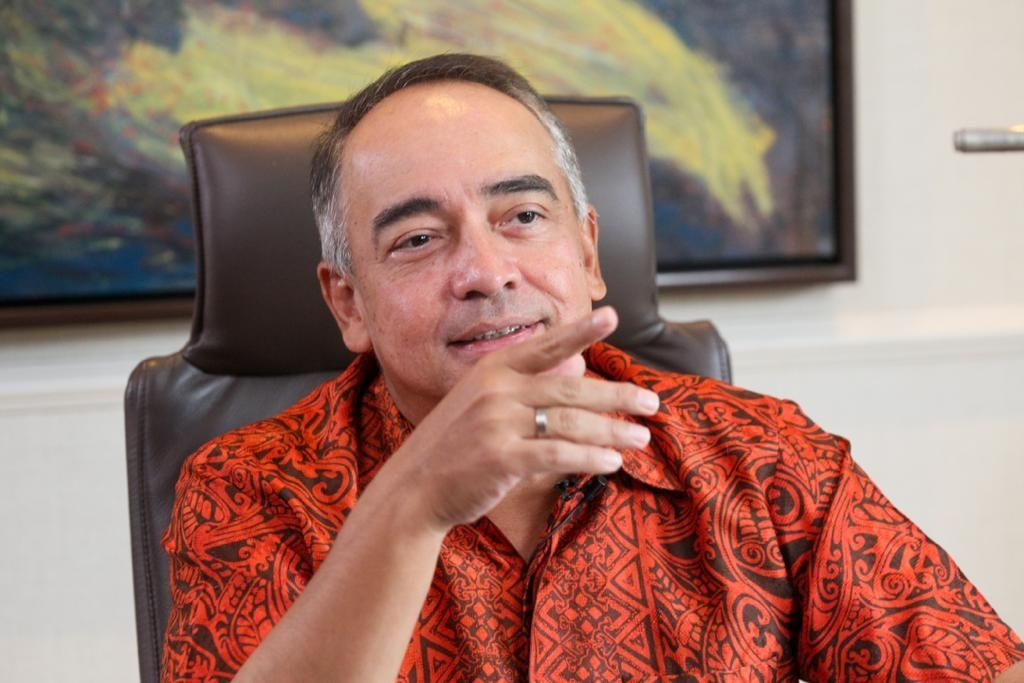 Datuk Seri Nazir Razak is the chairman and founding partner of Ikhlas Capital Singapore Pte Ltd, a private equity firm based in Singapore.