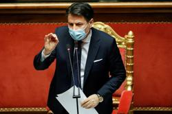 Italy's prime minister looking to resign, then form new govt: papers