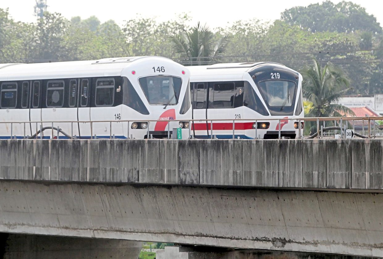 Additional LRT lines were proposed under the public transport master plan.